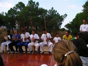 Association Senzala de Santos, with Mestre Valdir leading the roda